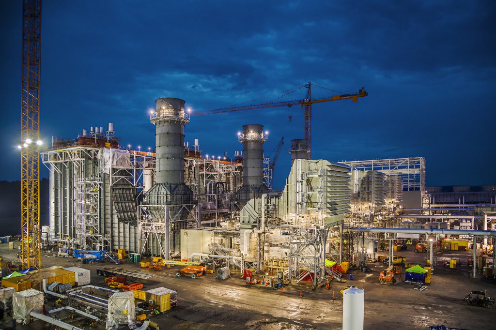 Kiewit design engineers and construction teams worked together on Kentucky's Paradise Combined Cycle Project in Drakesboro, Kentucky. Design began in Lenexa, Kansas, eight months before Kiewit started replacing Tennessee Valley's two oldest coal-fired plants with a natural gas plant.