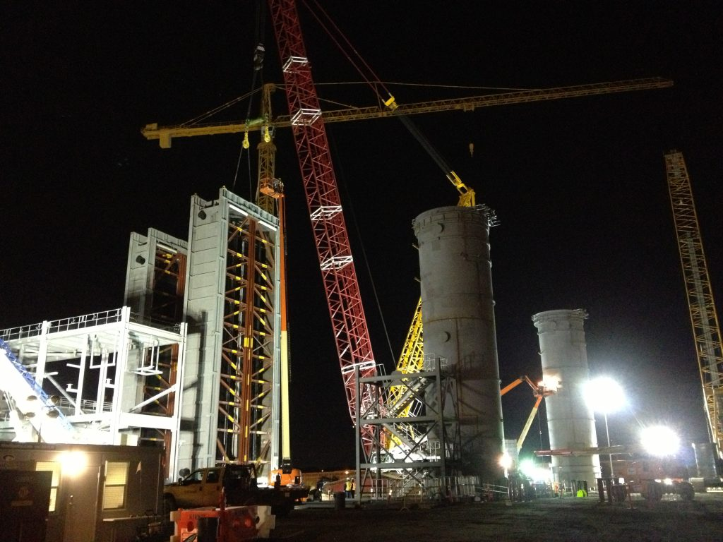 Night crews set the HRSG modules.